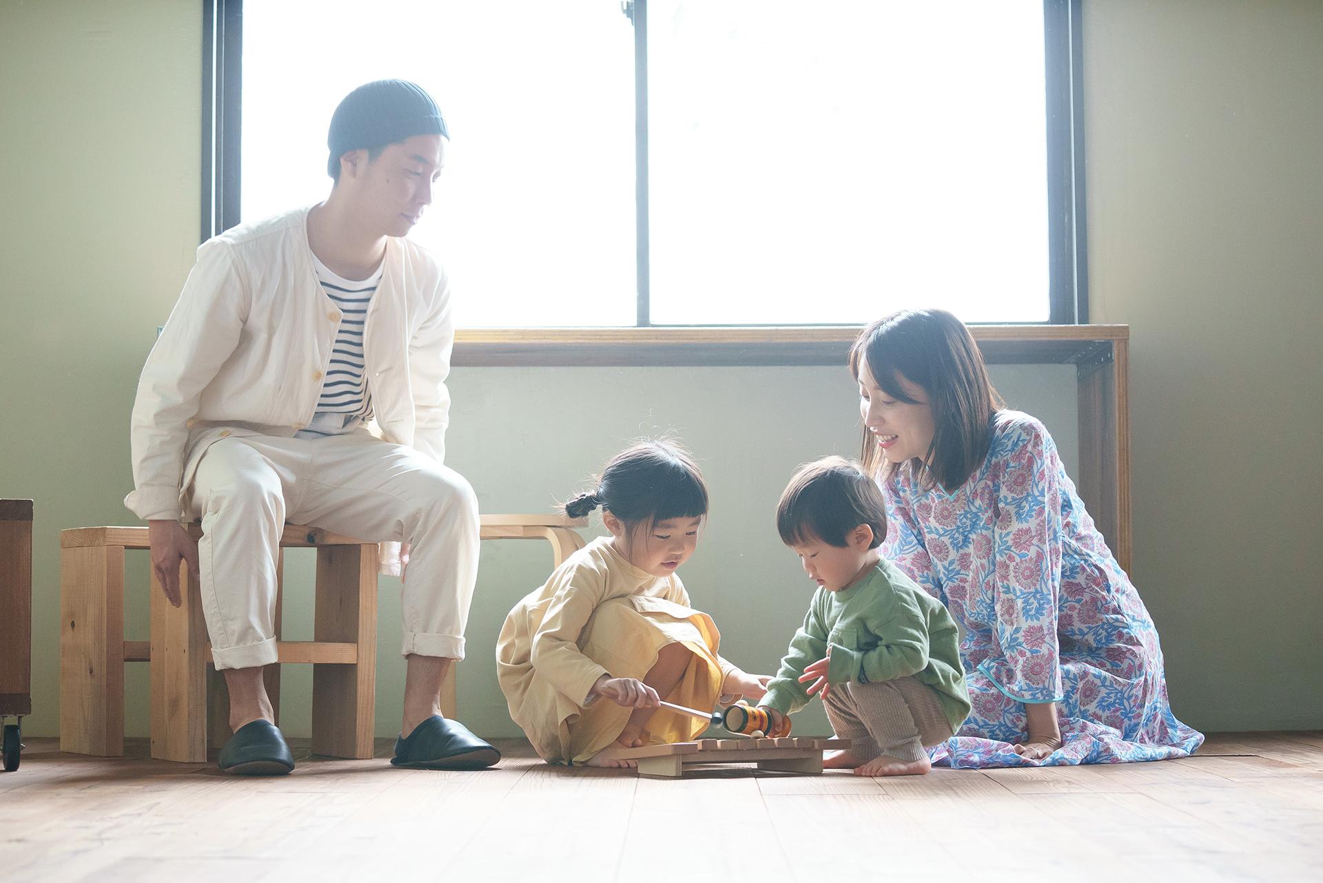 広島のフォトスタジオ「記念写真館SUNNY」の家族写真